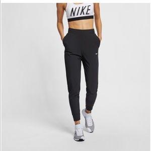 Nike Bliss Victory Pants